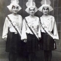 1934 Alice Boirau - Simone Berthomé - Jeanne Moreau